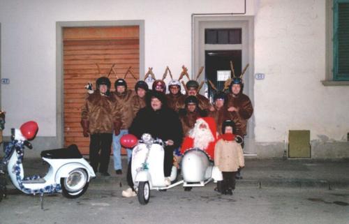 06-Babbo Natale in Vespa (15.12.2001)