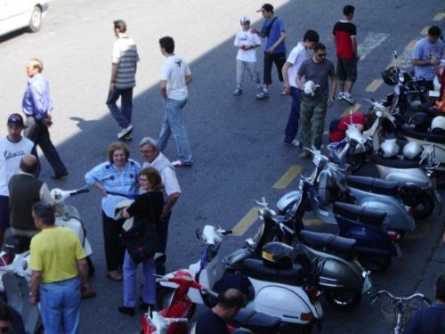 02-Domenica in Piazza della Vittoria (29.05.2005)