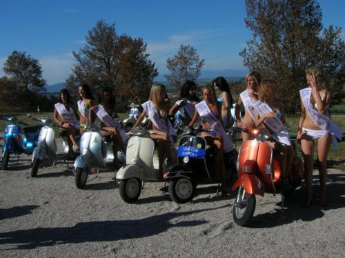 07-Miss in Vespa (02.09.2006)