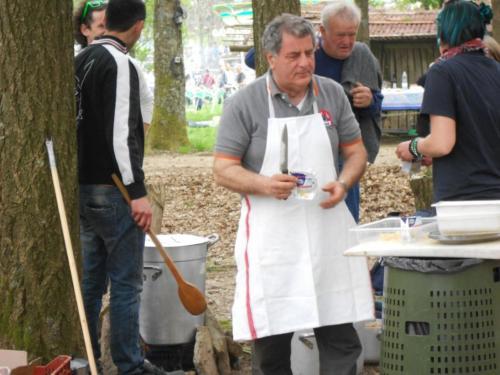 GRIGLIATA  MONTE SERRA  25  APRILE  2013 025